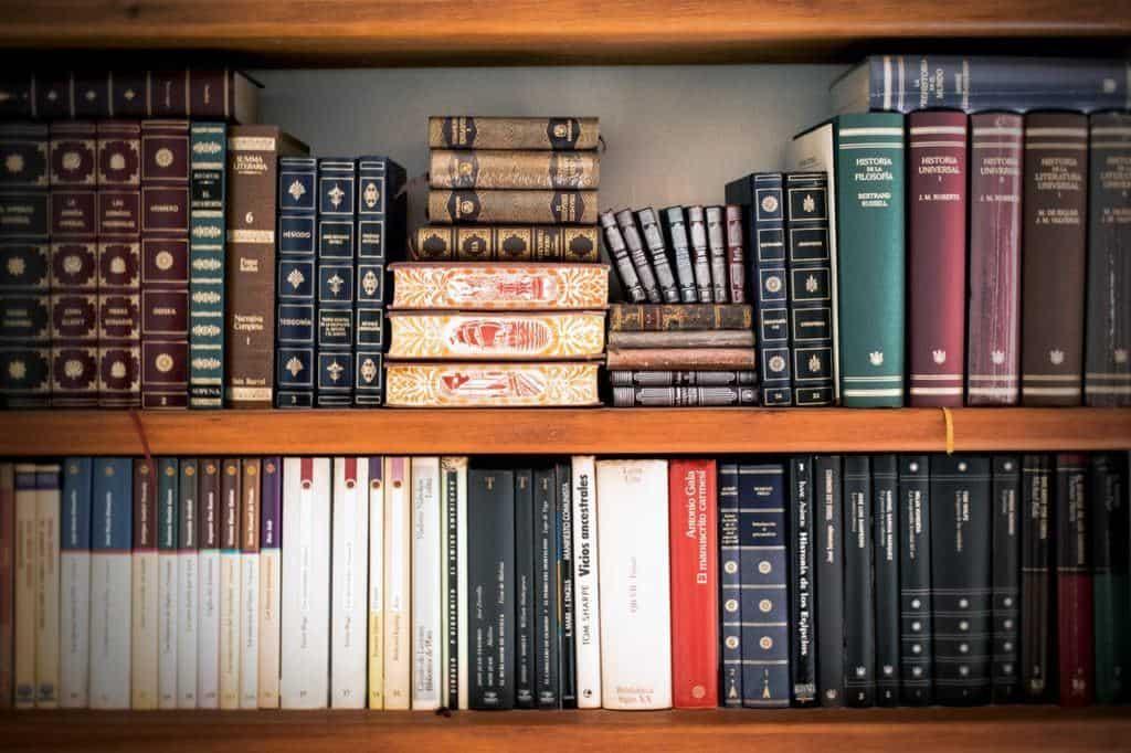 Books - pexels-photo-207662